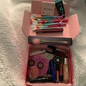 Make up bundle!